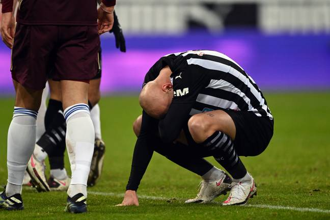 Shelvey clearly struggled against Bielsa's team. Image: PA Images
