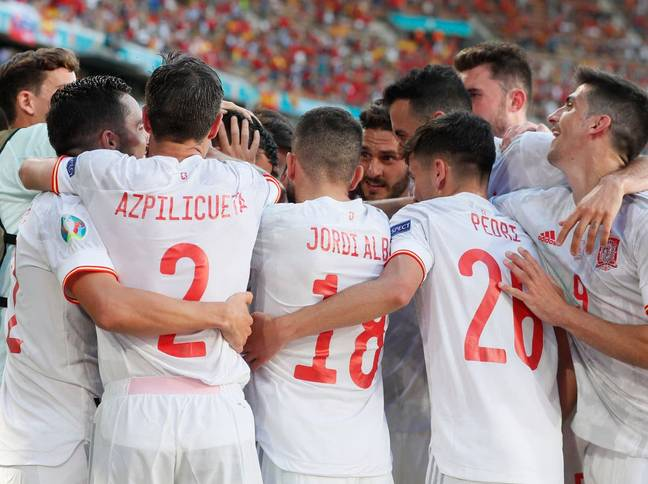 Spain thrashed Slovakia 5-0 in their last group game