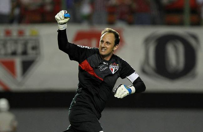 Rogerio Ceni might be a goalkeeper but he's further up the list than Messi and Ronaldo. Image: PA Images