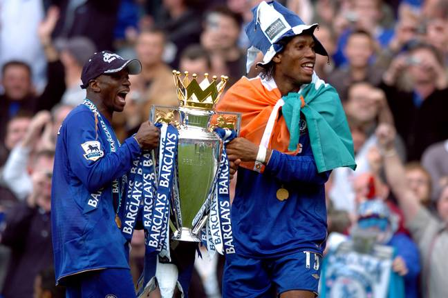 Makelele with the Premier League trophy and Didier Drogba. Image: PA Images