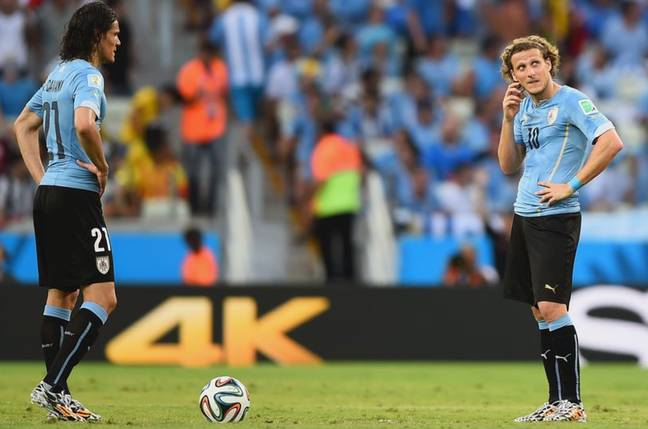 Diego Forlan thinks Edinson Cavani will welcome the idea of Harry Kane or Erling Haaland joining him at Manchester United