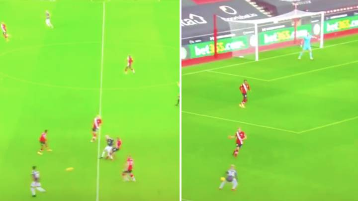 Donny Van De Beek's Bizarre Reaction To Being Fouled Against Southampton