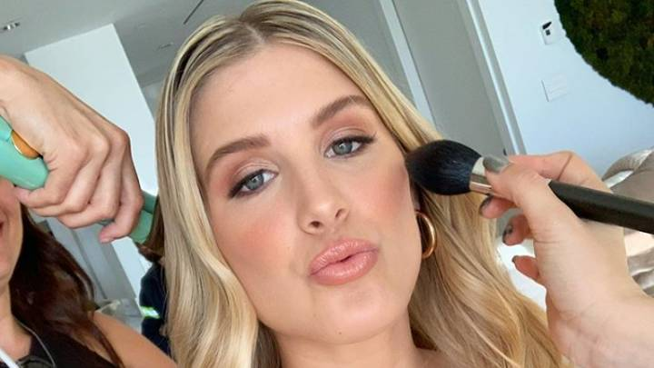 Someone Just Paid $85,000 To Go On A Date With Eugenie Bouchard