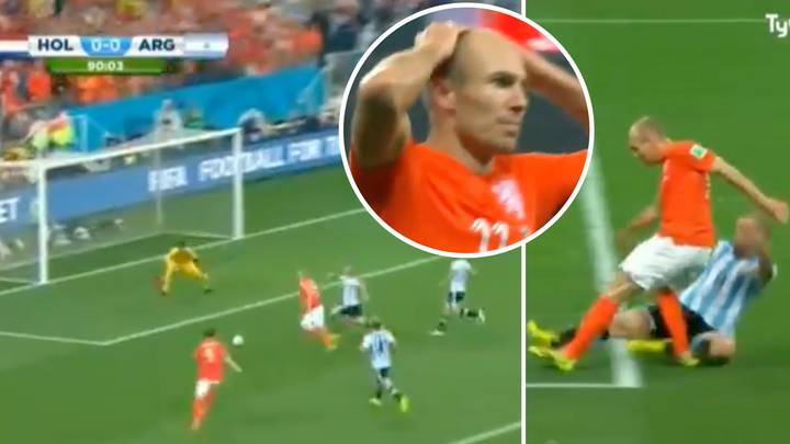 Javier Mascherano Admitted He Once 'Tore His Anus' During Heroic Tackle Against Arjen Robben
