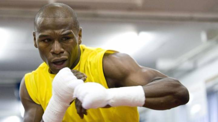 Floyd Mayweather's 2am Sparring Sessions Spark Talks Of A Return To Boxing