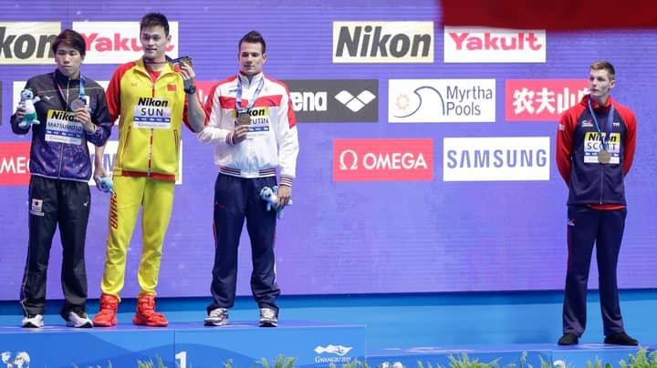 British Swimmer Duncan Scott Refuses To Join Drugs Cheat Sun Yang On The Podium