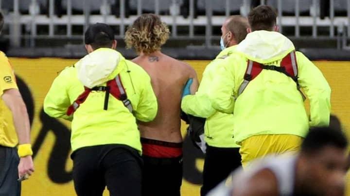 AFL Streaker Cops $50k Fine And Two Weeks Compulsory Quarantine