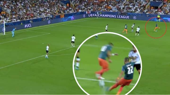 Ajax's Hakim Ziyech Scores An Absolute Screamer Against Valencia