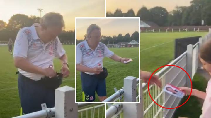Neil Warnock Carries Around Signed Pictures Of Himself In A Bumbag