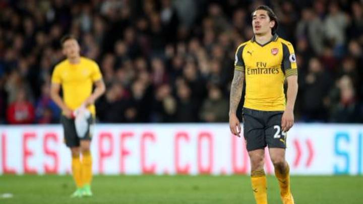 Hector Bellerin's New Hairdo Is As Disastrous As Arsenal's Season