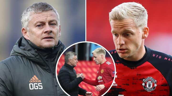 Manchester United Have Been 'Urged' To Consider Strange Donny Van De Beek Swap Deal Proposal