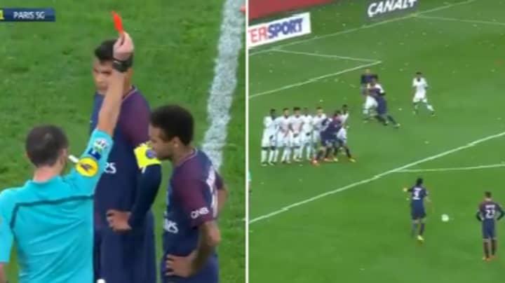 Dramatic Scenes As Neymar Gets Sent Off Then Cavani Scores 93rd Minute Equaliser