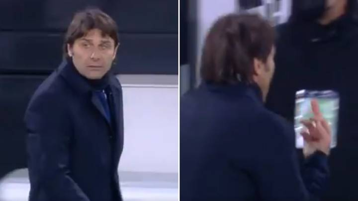 Antonio Conte Showed His Middle Finger To Juventus' President At Half-Time