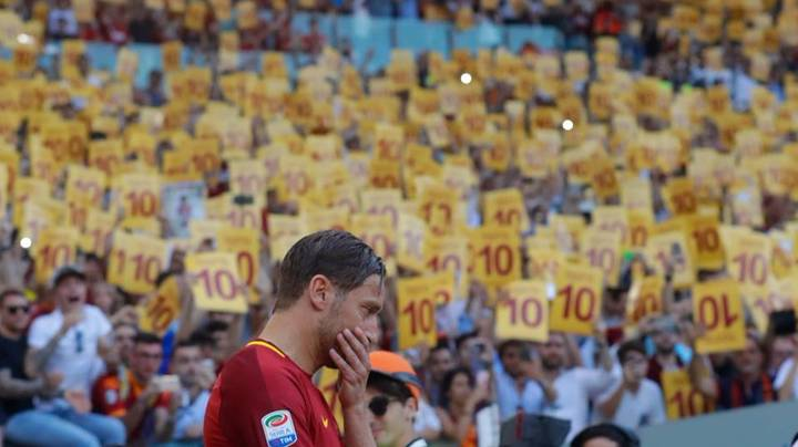 Francesco Totti Did Something Brilliant After His Final Roma Game