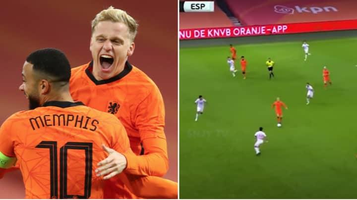 Manchester United Fans Are Convinced Donny van de Beek Should Start More Often After Starring For The Netherlands