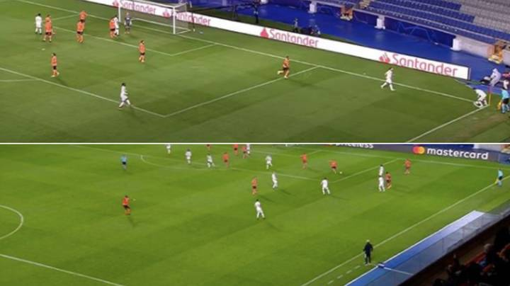 Manchester United Conceded To Demba Ba After Having Two Men In The Box