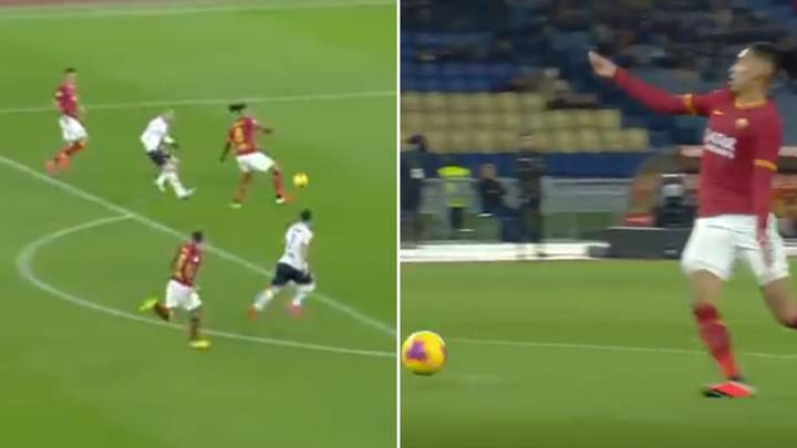 Chris Smalling Makes Horrible Mistake For Roma Vs Bologna