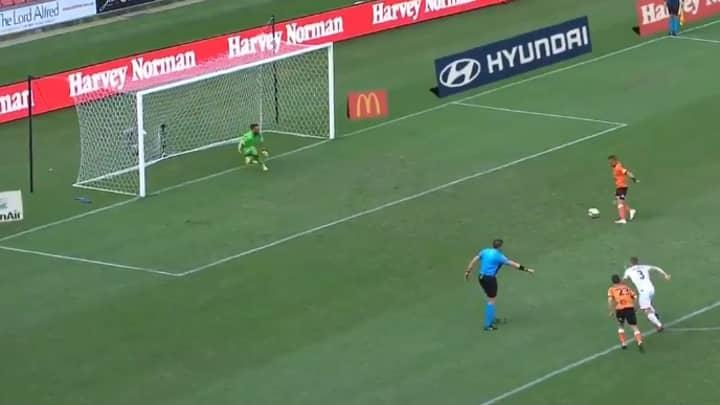 A-League Player Éric Bauthéac Pulls Off First Ever 'False Panenka' Penalty