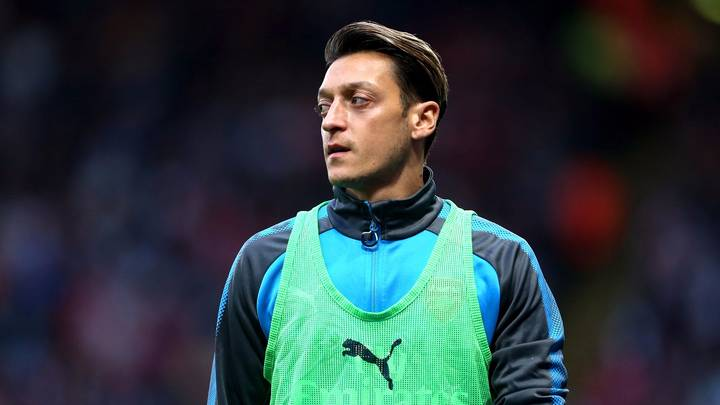 There's One Surprising Factor Stopping Mesut Ozil Signing A New Arsenal Contract