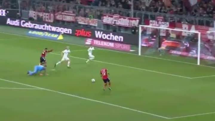 Arjen Robben Still Cuts Inside, Despite Open Goal Opportunity