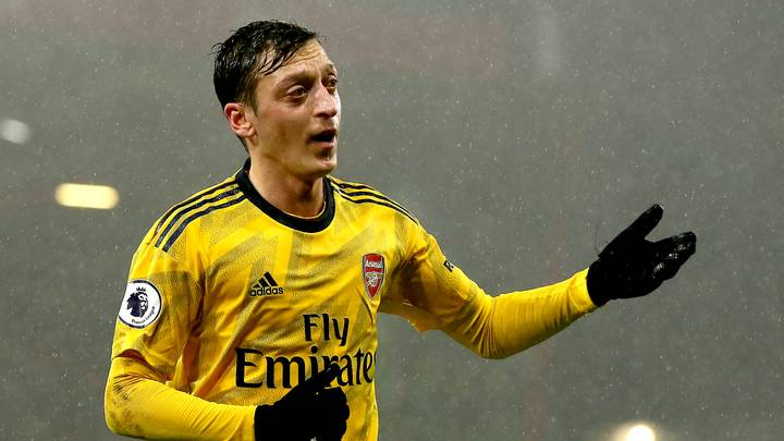Chinese Commentators Refused To Say Mesut Ozil's Name In Bournemouth-Arsenal Broadcast