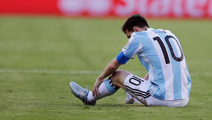 Buenos Aires Government Unveil Lionel Messi Statue
