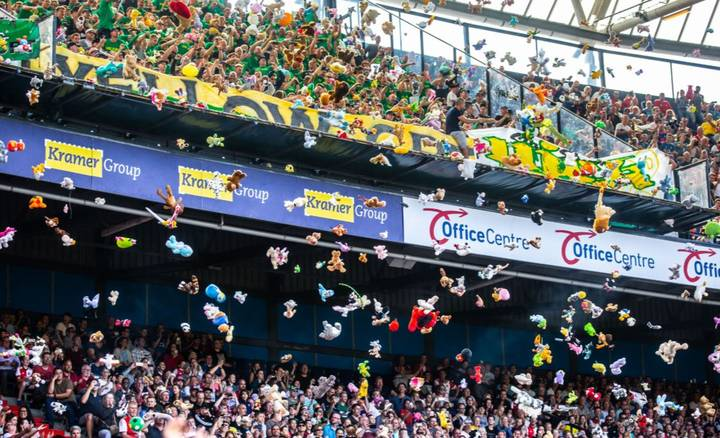 Ado Den Haag Fans Throw Cuddly Toys At Children From Local Hospital