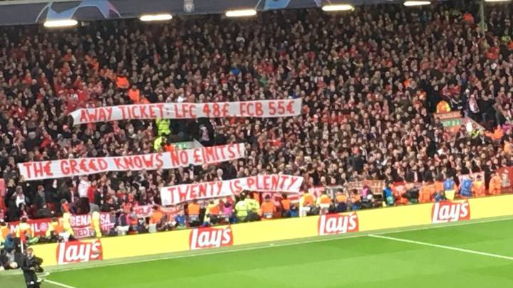 Liverpool Supporters Applaud Bayern Munich Fans For Supporting The 'Twenty's Plenty' Campaign
