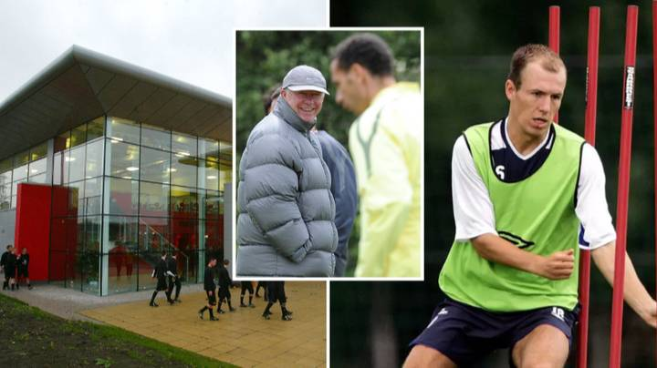 Arjen Robben 'Didn't Like The Smell' At Manchester United's Training Ground When He Visited