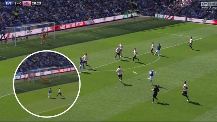 David De Gea Makes Huge Mistake As Manchester United Concede Second Goal Against Everton