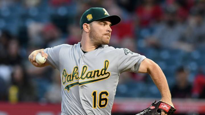 White Sox, Hendriks agree to multi-year contract
