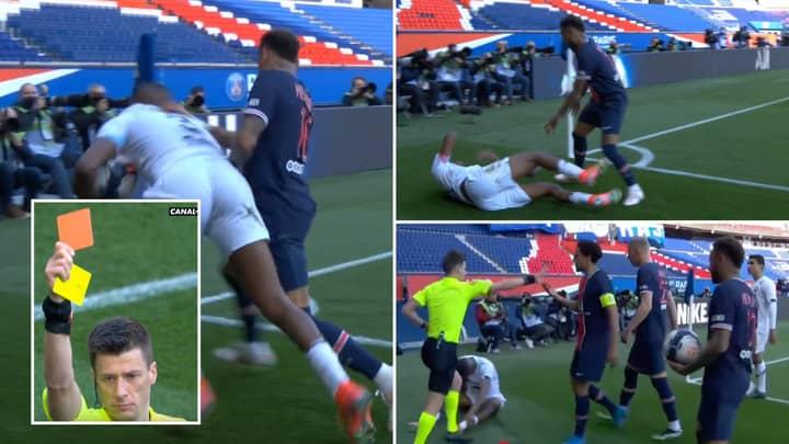 Neymar Shown Red Card After Petulant Shove As Paris Saint-Germain Lose