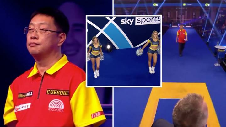 "Chengan Liu Walks Out To ""You Raise Me Up"" By Westlife At The World Darts Championship"