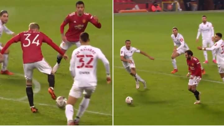Manchester United Fans Loved Donny van de Beek's Glorious Backheel Flick To Juan Mata