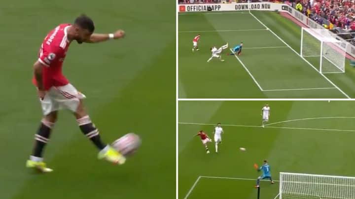Bruno Fernandes Scores Incredible Hat-Trick For Manchester United Against  Leeds
