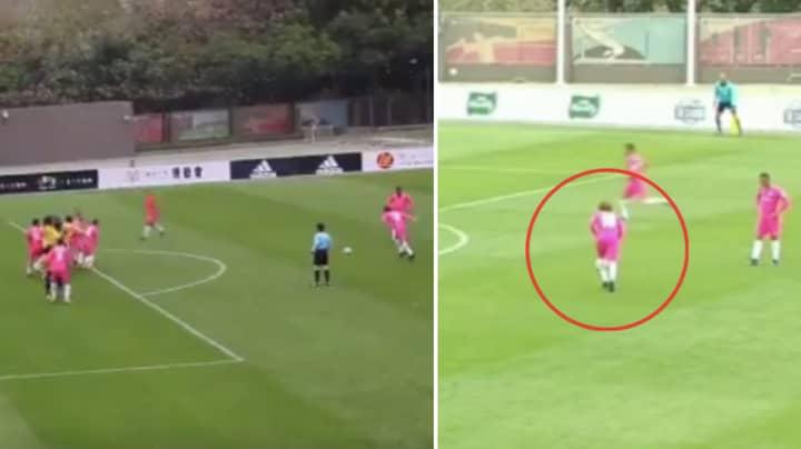 Diego Forlan Scores Two Brilliant Free-Kicks In One Game