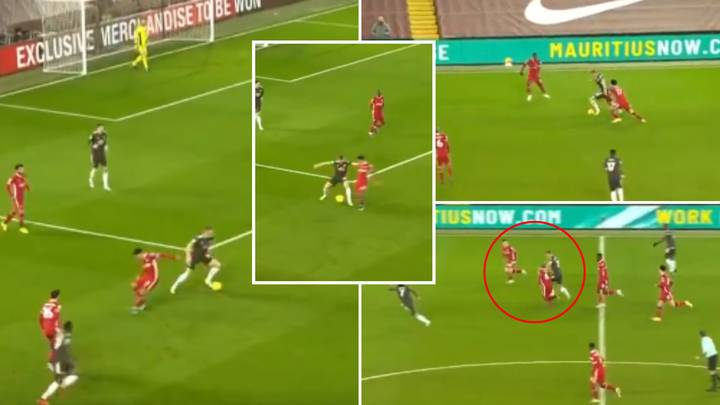 Scott McTominay Showed Every Midfielder The Perfect Way To Beat Liverpool's High Press