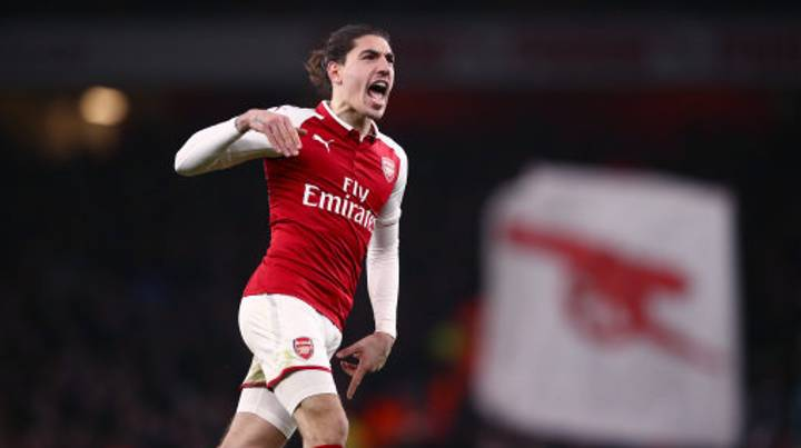 Juventus Targeting Move For Hector Bellerin