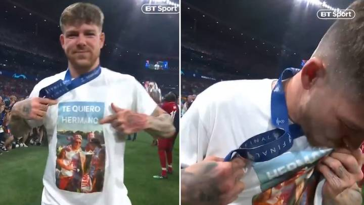 Liverpool's Alberto Moreno Pays Tribute To Jose Antoino Reyes With Touching T-Shirt
