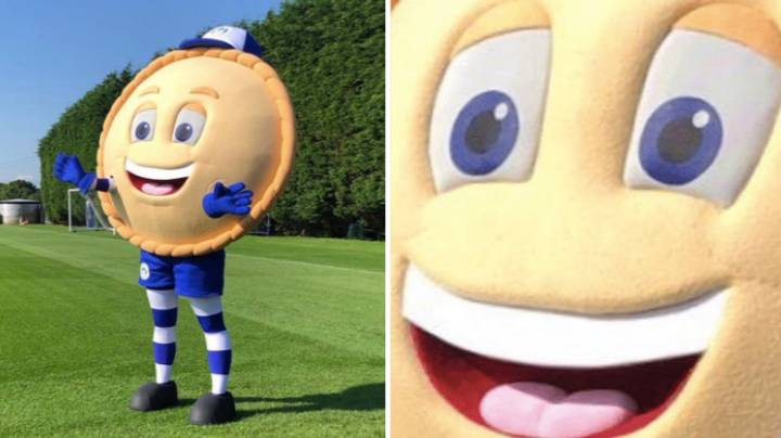 "Wigan Athletic's New Mascot For The 2019/20 Season Is A Pie Called ""Crusty The Pie"""