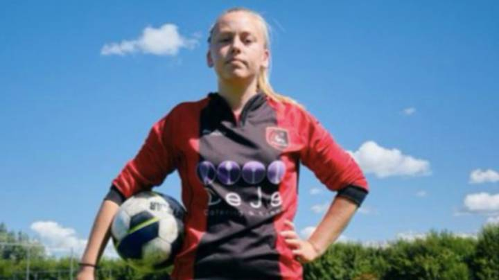 Dutch Football Federation Allow Female Player Elle Fokkema To Play For Senior Men's Team