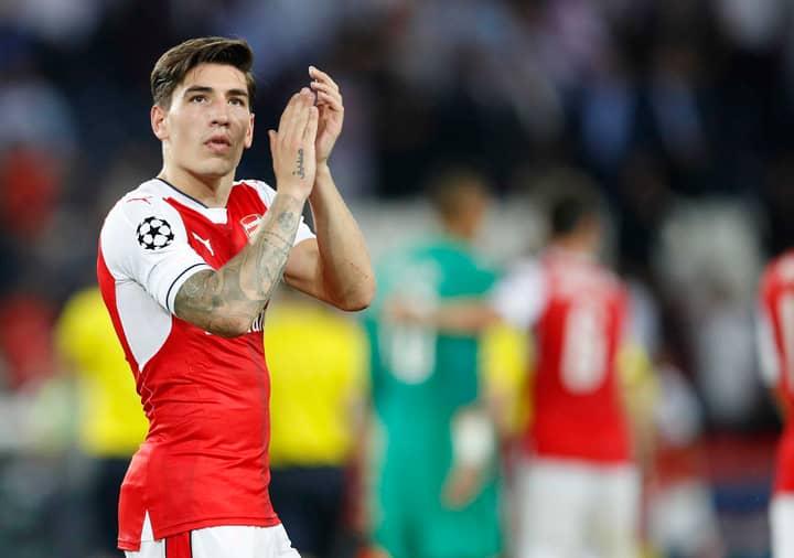 Arsenal's Injury Curse Strikes Hector Bellerin