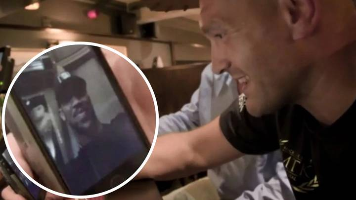 Tyson Fury Hilariously FaceTimes Anthony Joshua While In The Pub