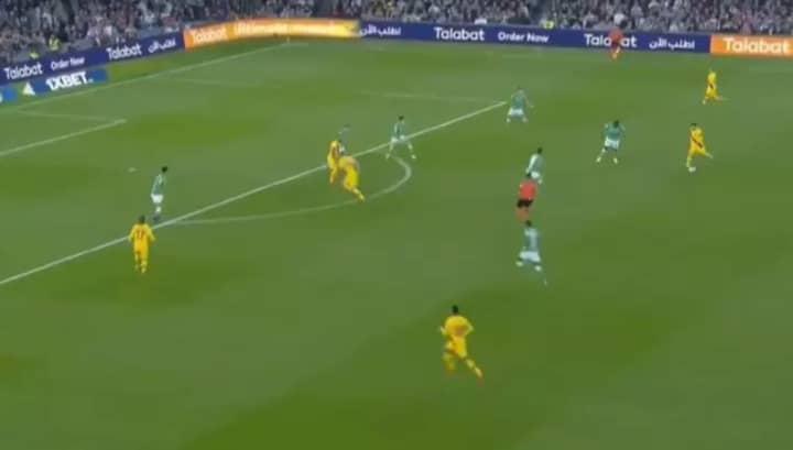 Lionel Messi Pulls Off Sensational Assist In Outstanding Barcelona Team Goal