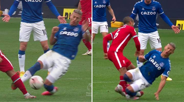 "Commentary ""Had To Turn Away"" From Replays Of Richarlison's Horrific Red Card Tackle On Thiago"