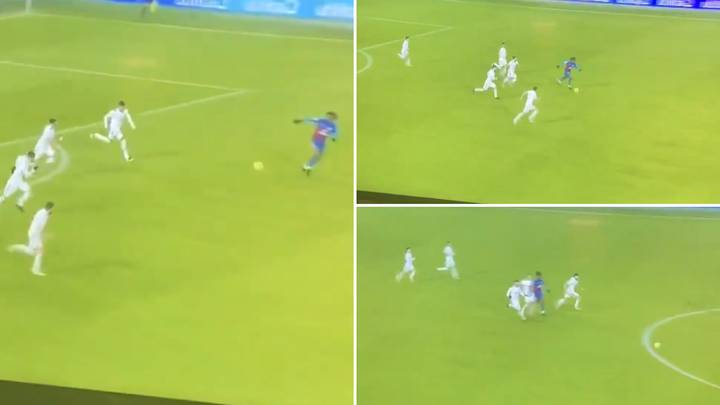 Leeds United's Chasing Back in The 92nd Minute Against Crystal Palace Is Incredible