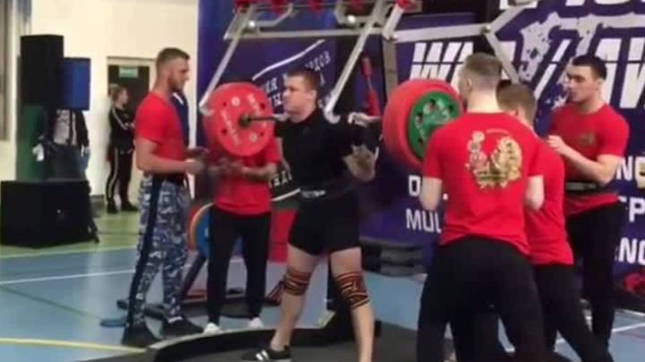 20-Year Old Russian Powerlifter Breaks Leg In Three Places In Shocking Footage