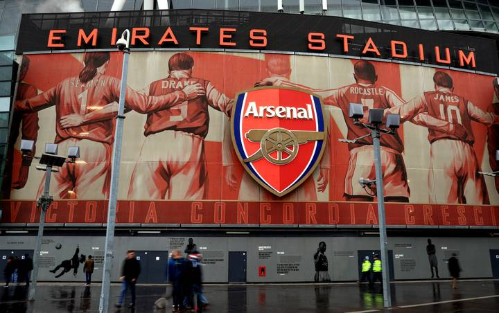 The Reason Why There's 10,000 Empty Seats At The Emirates Stadium