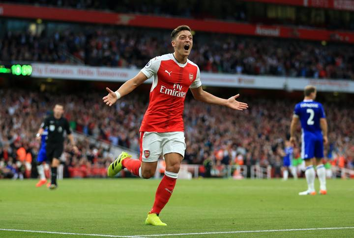Mesut Ozil In Major U-Turn With Reported New Arsenal Deal