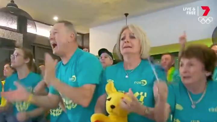 This Video Of Ariarne Titmus' Family Watching Her Final Gold Medal Lap Is Absolutely Brilliant